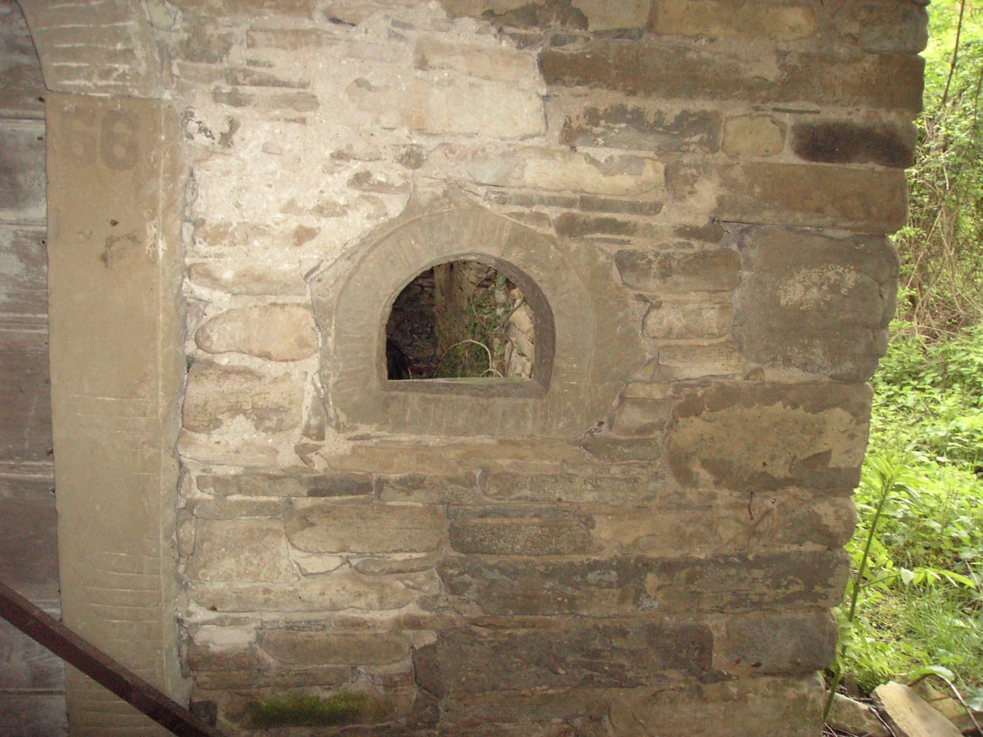 Case In Pietra Antiche : L immagine di sfondo case muro è fatto di pietra antica foto