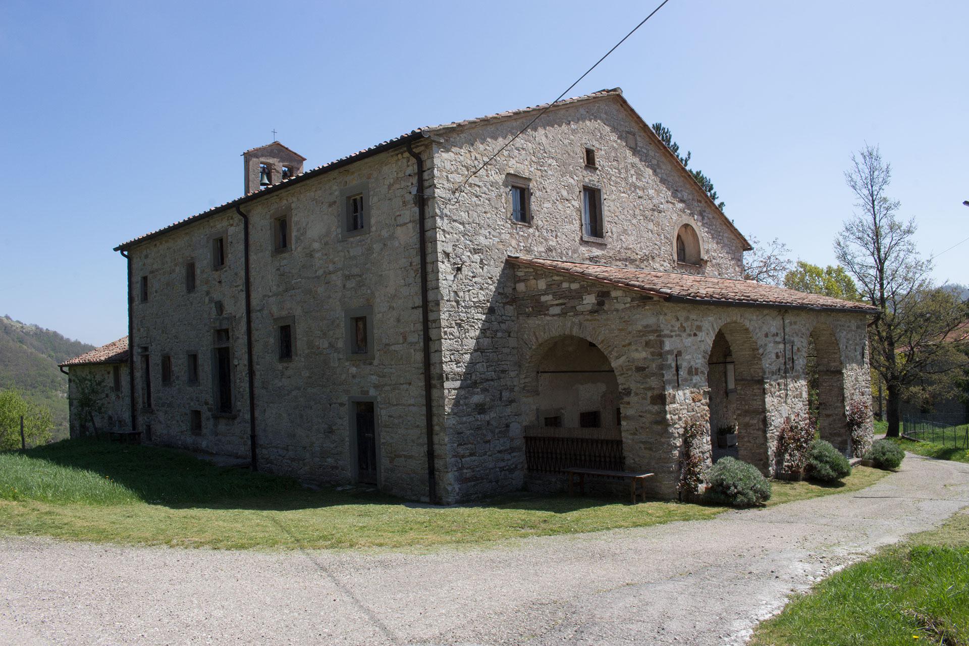 Santa Maria delle Grazie - Fresciano (esterno 2)